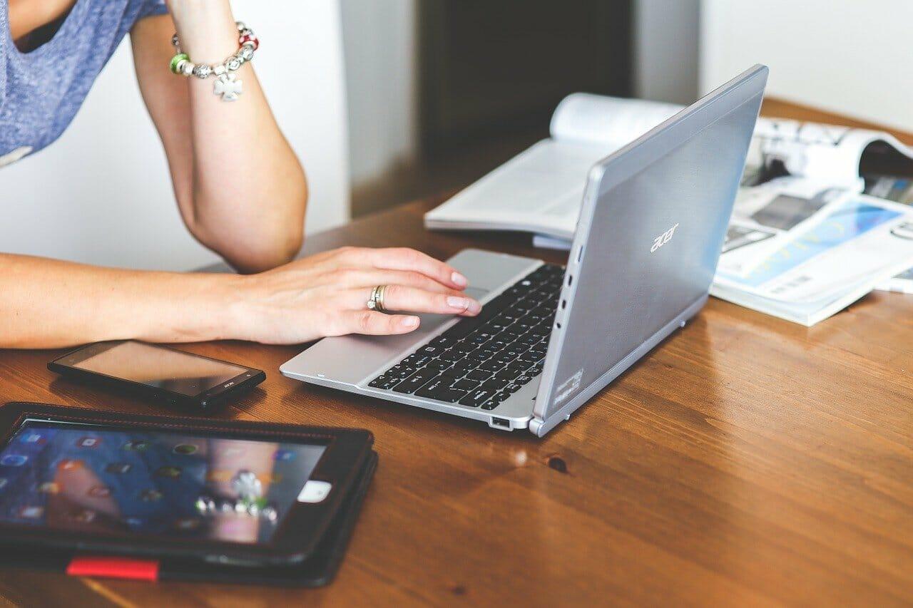 agence web ou consultant indépendant